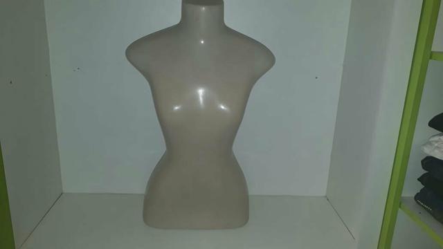 Vendo manequins feminino e masculino - Foto 3