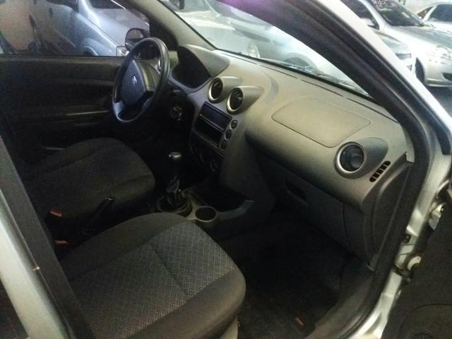 Fiesta sedan 1.6 completo! - Foto 5