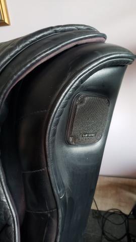 Baratíssima! Poltrona massageadora em couro legítimo - Foto 4