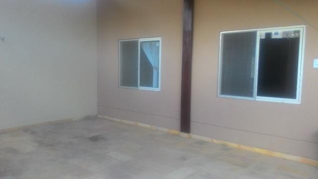 Casa Plana com Deck + Churraqueira + Chuveirão + Móveis projetados - 2 vagas - Pedras - Foto 10