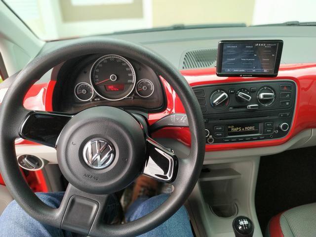VolksWagen up! high 1.0 Total Flex 5p 82 CV IPVA 2019 pago - Foto 2