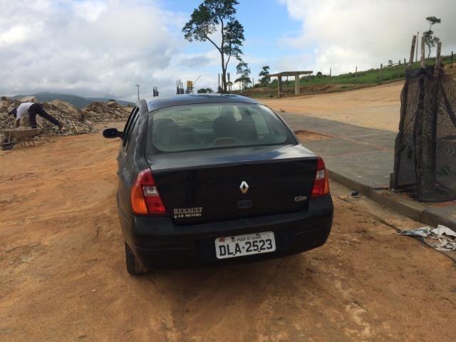 Clio Sedan 2002 - revisado - Foto 9
