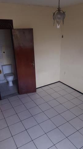 Amplo apartamento na Av Bezerra de Menezes - Foto 3