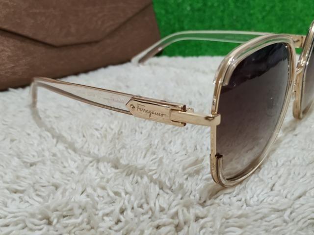Óculos Ferragamo feminino dourado - Bijouterias, relógios e ... f120297b60