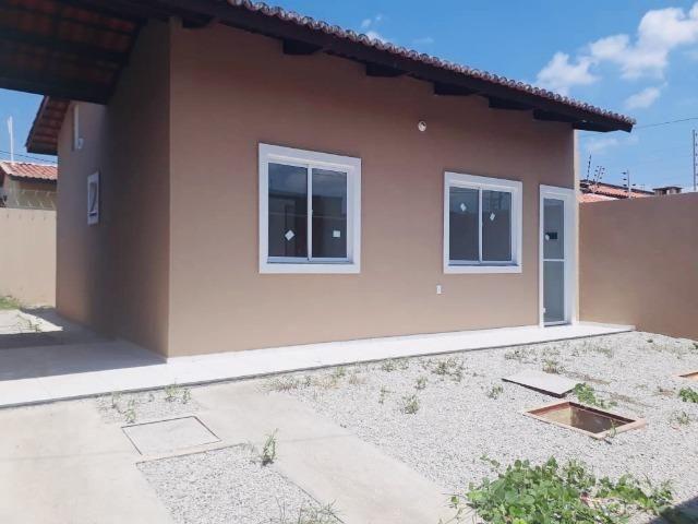Casa com doc. gratis: 2 quartos , 2 bainheiros , com acabamento diferenciado