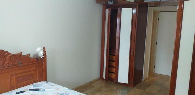 Apartamento lateral, prédio de frente para a Praia do Morro Guarapari - Foto 11
