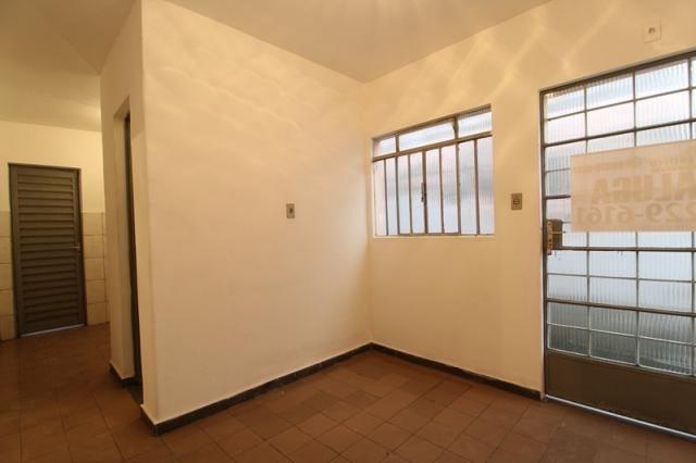 Casa Residencial para aluguel, 2 quartos, Centro - Divinópolis/MG