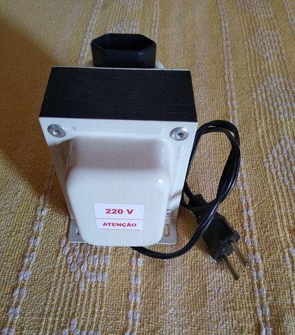 Transformador 220 p/ 110V 750VA