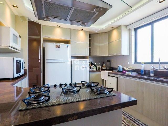 Apartamento 3 Dormitórios, Elevador e 2 Vagas no Bairro Medianeira - Foto 9