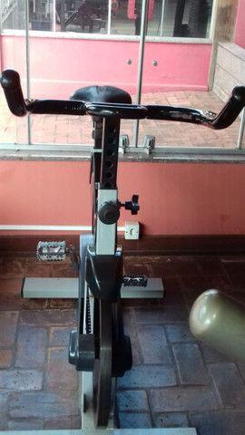 Bicicleta ergométrica e spining - Foto 5