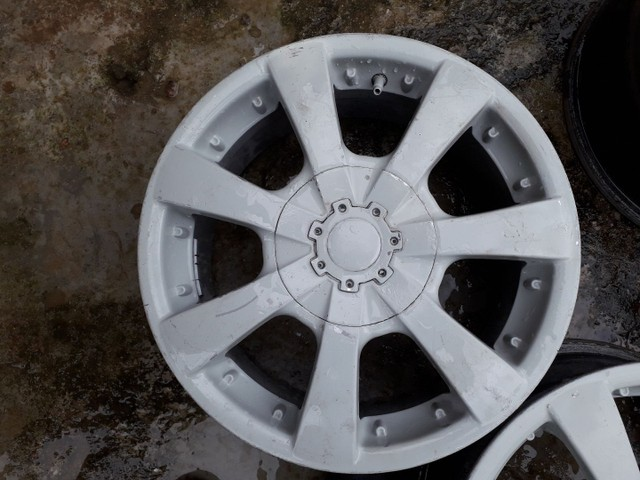 Aro 15. Multi furos cabe em qualquer carro - Foto 2
