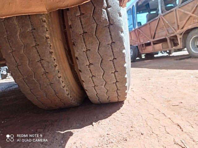 Vendo pneu 1000/20 - Foto 2