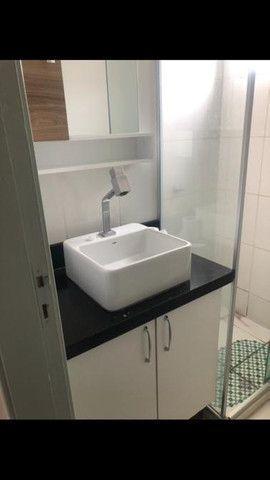 Apartamento 2 quartos com porcelanato e moveis planejados - Foto 6