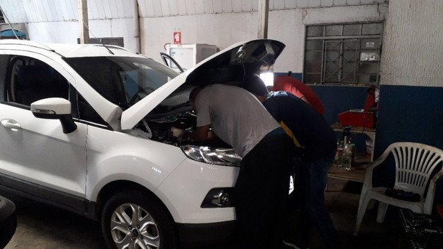 Cursos Práticos - Curso de Elétrica/Injeção Eletrônica e Manutenção de Motor Automotivo - Foto 4