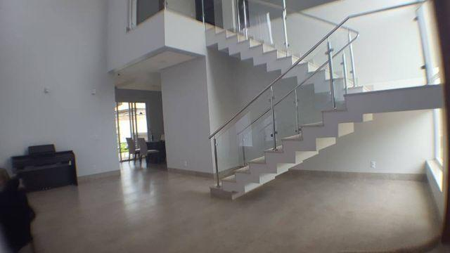 Sobrado 3 suítes + Escritório, 263 m² no Condomínio Privilege - Aceita Permuta