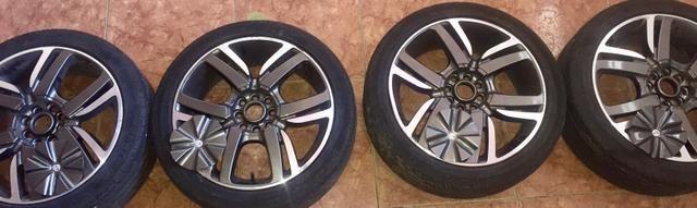 Rodas de 17 4 furos multifuros pneus novos