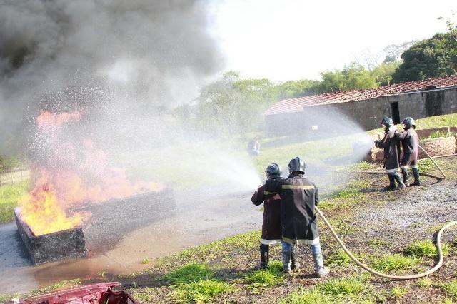 Curso de Bombeiro Civil (Escola Credenciada pelo Corpo de Bombeiros SP) - Foto 2