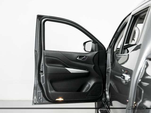 Nissan Frontier LE CD 4x4 2.3 Bi-TB Diesel Aut. - Cinza - 2018 - Foto 16