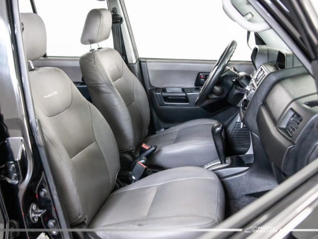 Mitsubishi Pajero TR4 2.0/ 2.0 Flex 16V 4x4 Aut. - Preto - 2008 - Foto 12