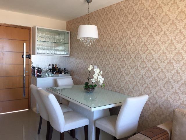 Apartamento em Petrópolis com 02 suítes e 02 vagas de garagem - Foto 11
