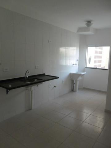 Código 304 - Apartamento de dois Dormitórios na Rua Beatris Gomes Mazella na Morada do Val - Foto 3