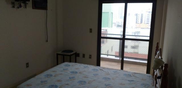 Apartamento lateral, prédio de frente para a Praia do Morro Guarapari - Foto 9