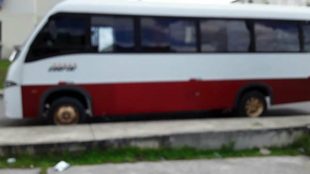 Vendo Micro Ônibus Volare W8 - Foto 2