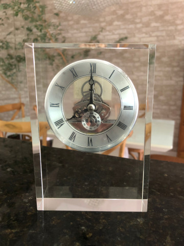Relógio em Cristal para Decoração