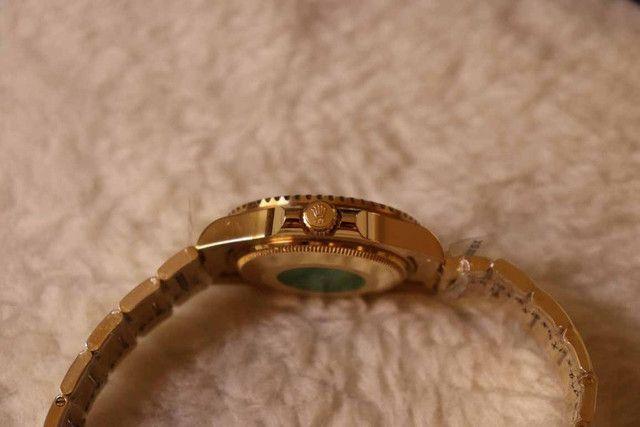 Relogio Modelo com pulseira Personalizada - ja é Vedado - Detalhes incríveis!!! - Foto 2