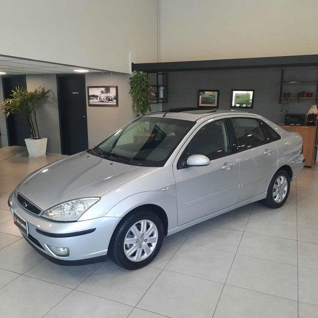 Ford Focus Sedan Ghia 2.0 16v Automatico 2006 - Foto 3