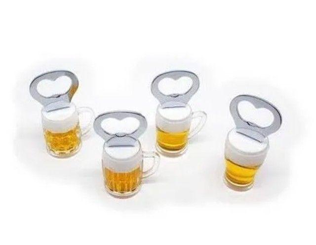 Abridor de garrafa com imã copo cerveja - Foto 3