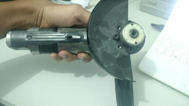 Esmerilhadeira e serra pneumática