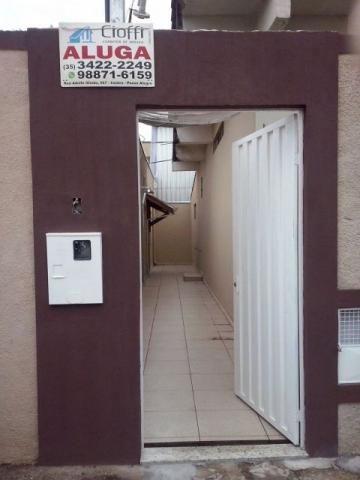 Casa de Fundos Nova No Jardim Yara. CA0441