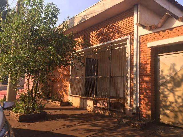 Vendo 2 casas e 1 salão comercial, bairro Alto do Ipiranga
