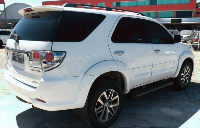Toyota Hillux SW4 4x4 Diesel - Foto 4