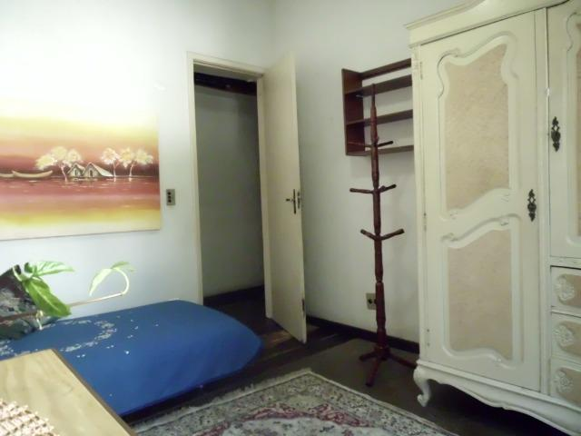 Quarto individual + garagem no Jardim Guanabara 950,00