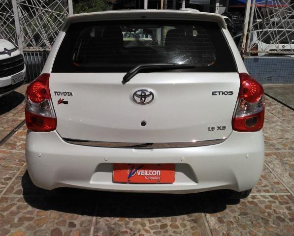Toyota Etios 2016 Hatch 1.5 XS Flex Branco 28.330km Unico Dono - Foto 3