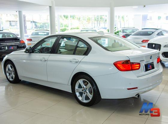 BMW 316I 2013/2014 1.6 SEDAN 16V TURBO GASOLINA 4P AUTOMATICO - Foto 4