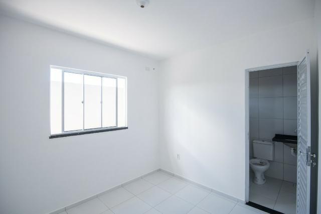 Casa com doc. gratis: 2 quartos , 2 bainheiros , com acabamento diferenciado - Foto 12