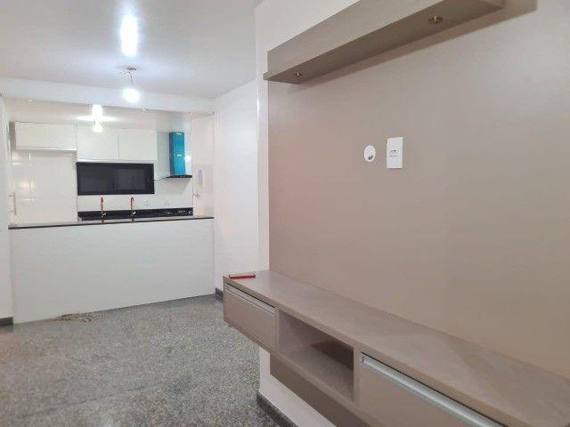 Apartamento Vieiralves 3 suítes, Condomínio Tulipa reformado