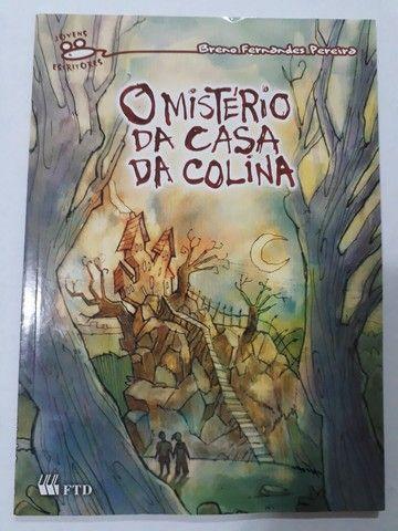 """Livro """"O MISTÉRIO DA CASA DA COLINA"""""""