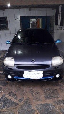 Clio 2001/02 RL 1.0 8v