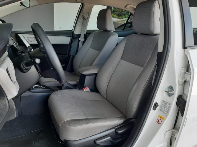 Toyota Corolla Sedan GLI 1.8 16v Automático 2017 Único Dono!!! - Foto 10