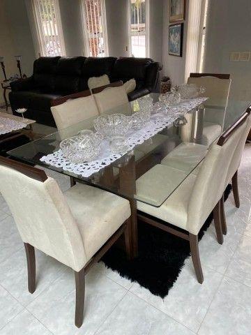 ABAIXOU! Mesa de jantar de vidro c/ 6 cadeiras estofadas - Foto 3