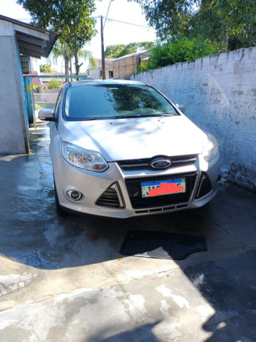 Ford Focus SE AT 2.0 S 16val 2015