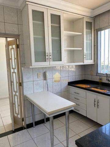 Apartamento Amplo e com Ótimo preço - Bairro Bandeirantes