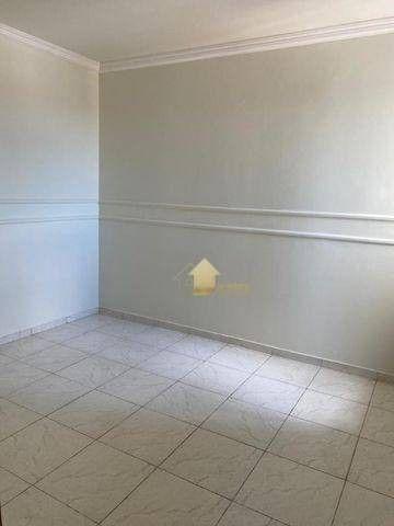 Apartamento Amplo e com Ótimo preço - Bairro Bandeirantes - Foto 3