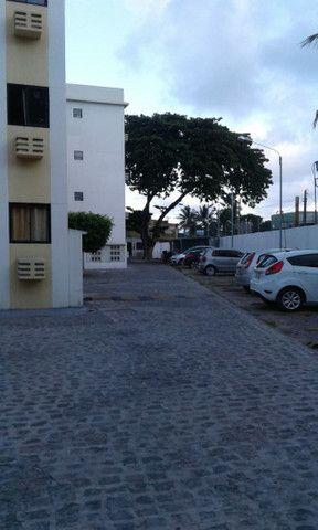 Cond fechado na 1etapa Rio Doce,portaria,na Av,Res Porto Seguro,perto da praia,play - Foto 9