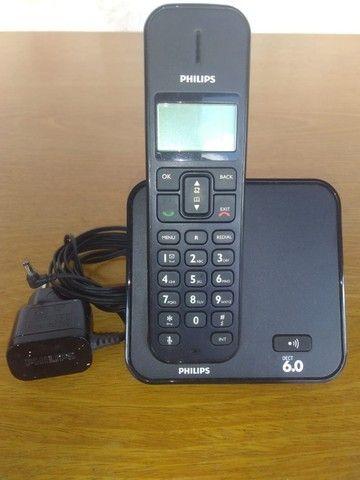 Telefone móvel marca Philips