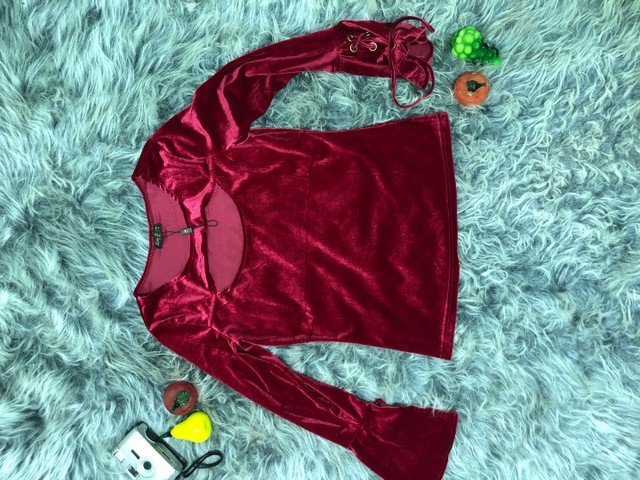 Blusa de Veludo Vermelha - Foto 5